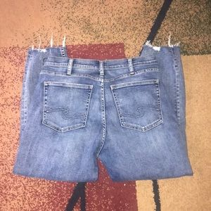 Silver Jeans Co 33 x 25 Calley skinny crop NWOT